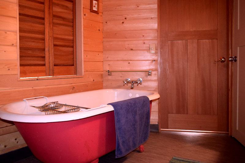 Saltspring Yurt ensuite bathroom